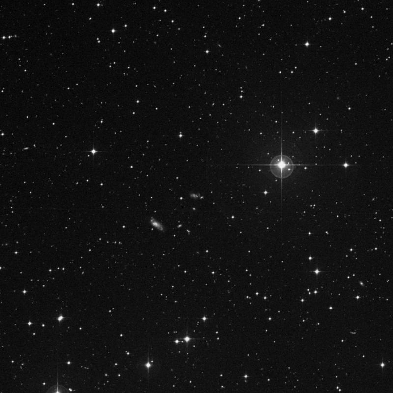 Image of IC 2071 - Group of Galaxies in Dorado star