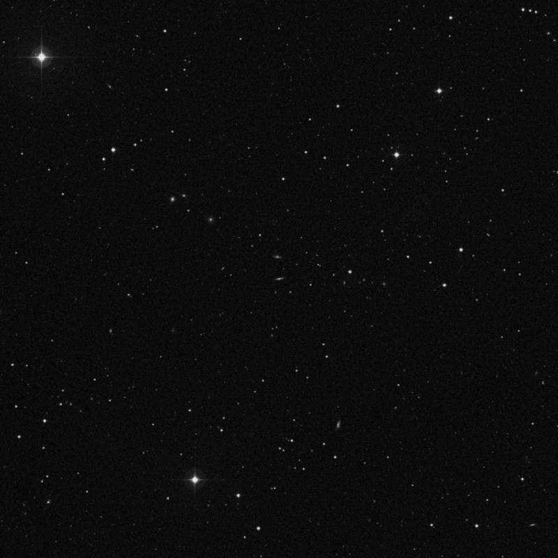 Image of IC 2752 - Elliptical Galaxy in Leo star