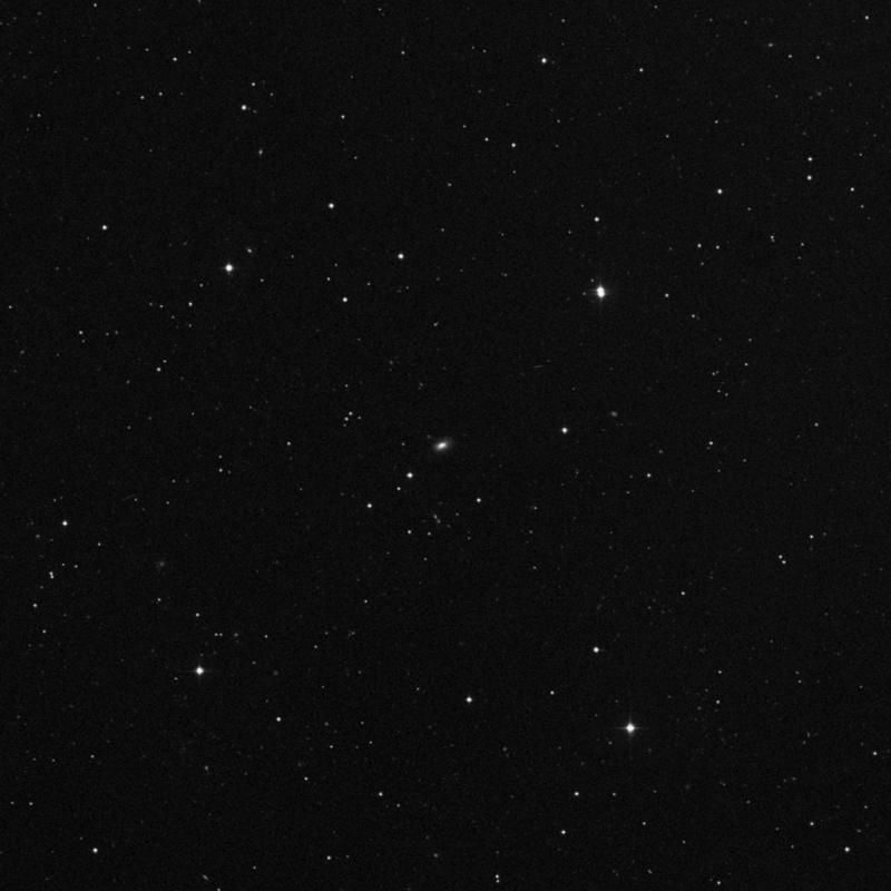 Image of IC 692 - Elliptical Galaxy in Leo star