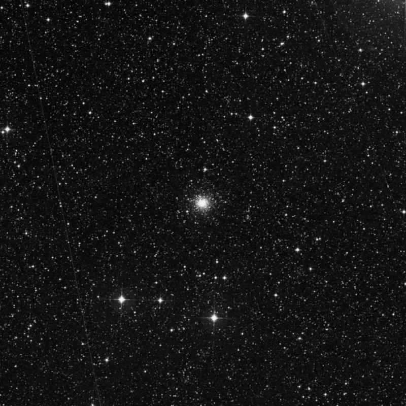 Image of NGC 2210 - Globular Cluster in Dorado star