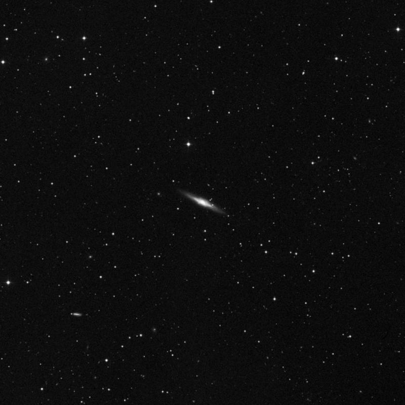 Image of NGC 2654 - Barred Spiral Galaxy in Ursa Major star