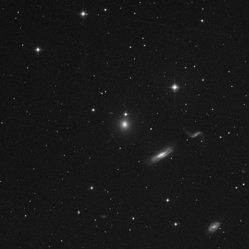 Image of NGC 3193 - Elliptical Galaxy in Leo star
